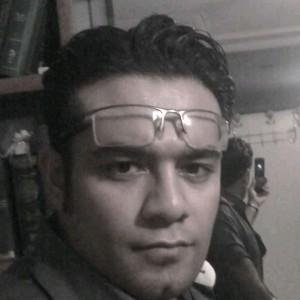 محسن فرامرز