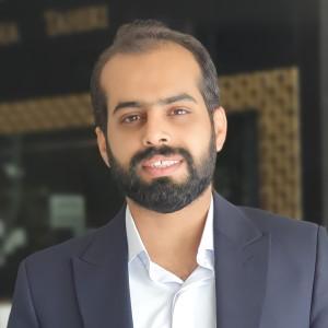حسین عنایتی